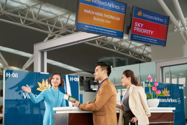 Quầy thủ tục check-in Vietnam Airlines